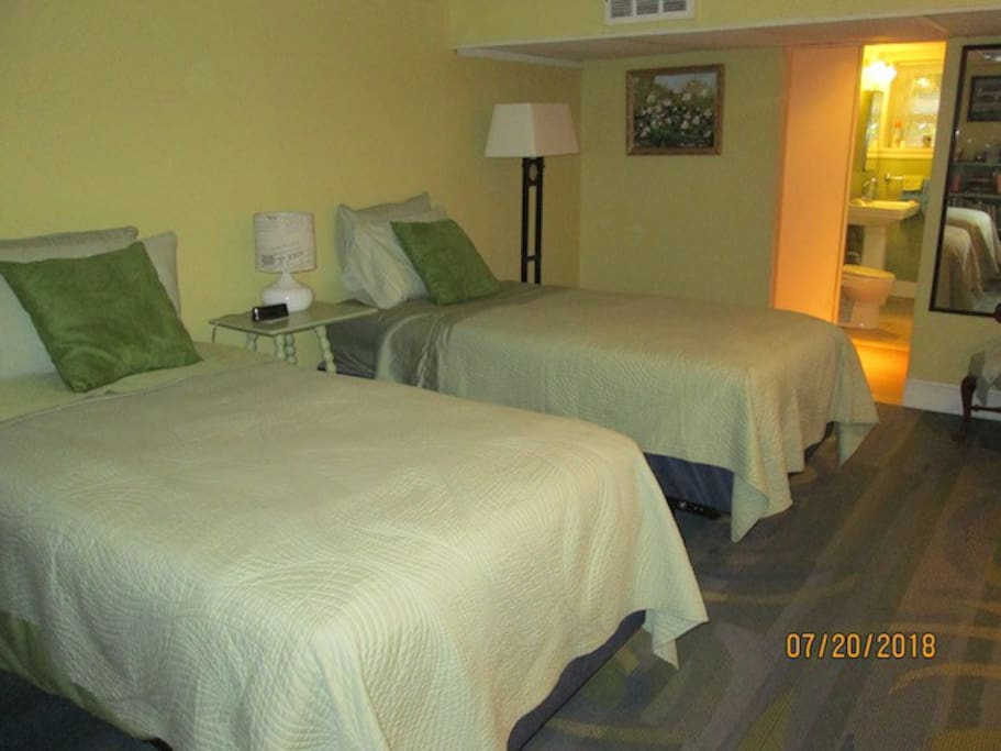Two twin beds in bedroom