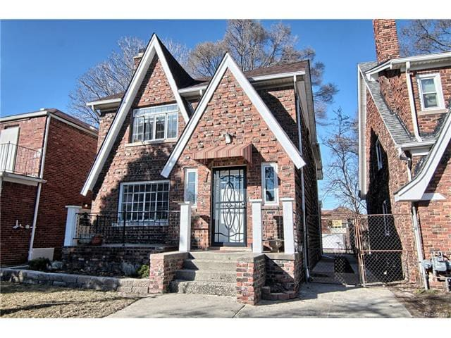 Newly renovated 3 Bedroom Apt in Tudor Duplex - Detroit - Huis