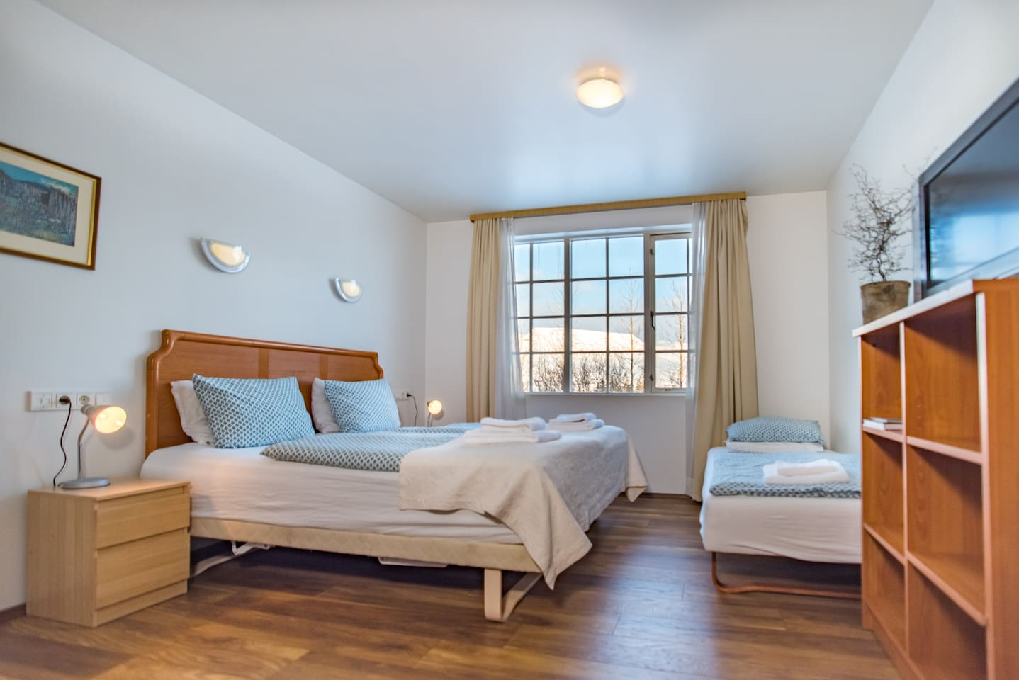 Our studio apartments can have up to 3 twin beds