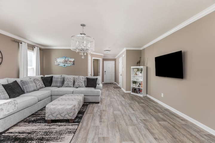 Brand New 5 Beds Luxury Home in a perfect location