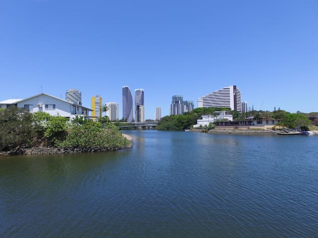 Live the dream! - Broadbeach Waters