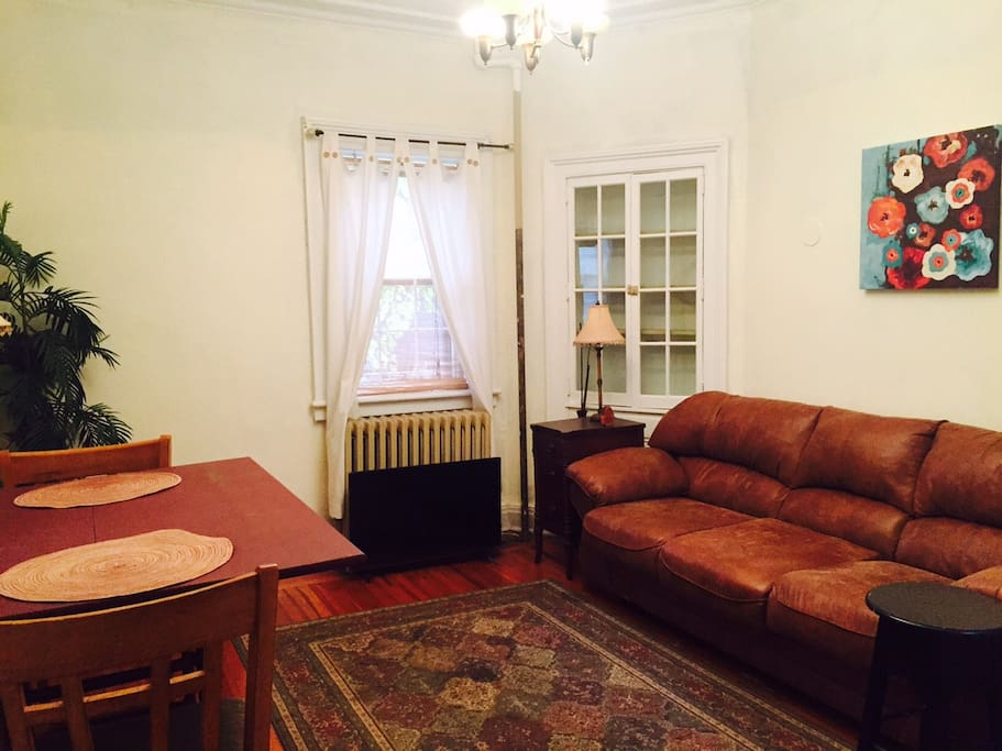 Gorgeous Brownstone Historic Troy Apartments For Rent In Troy New York United States