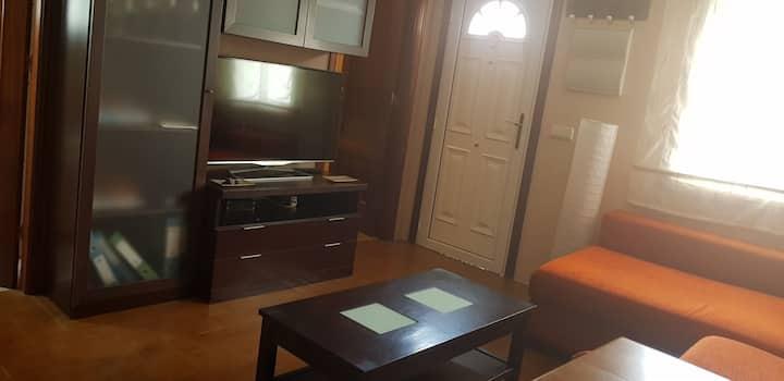 Apartamento independiente. Recien reformado.