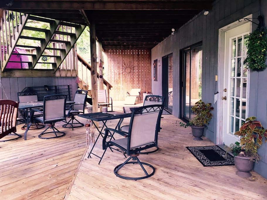 Private deck with plenty of seating.