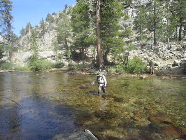 5 O Swim, fish, hike++ the Eastern Sierras WWM5