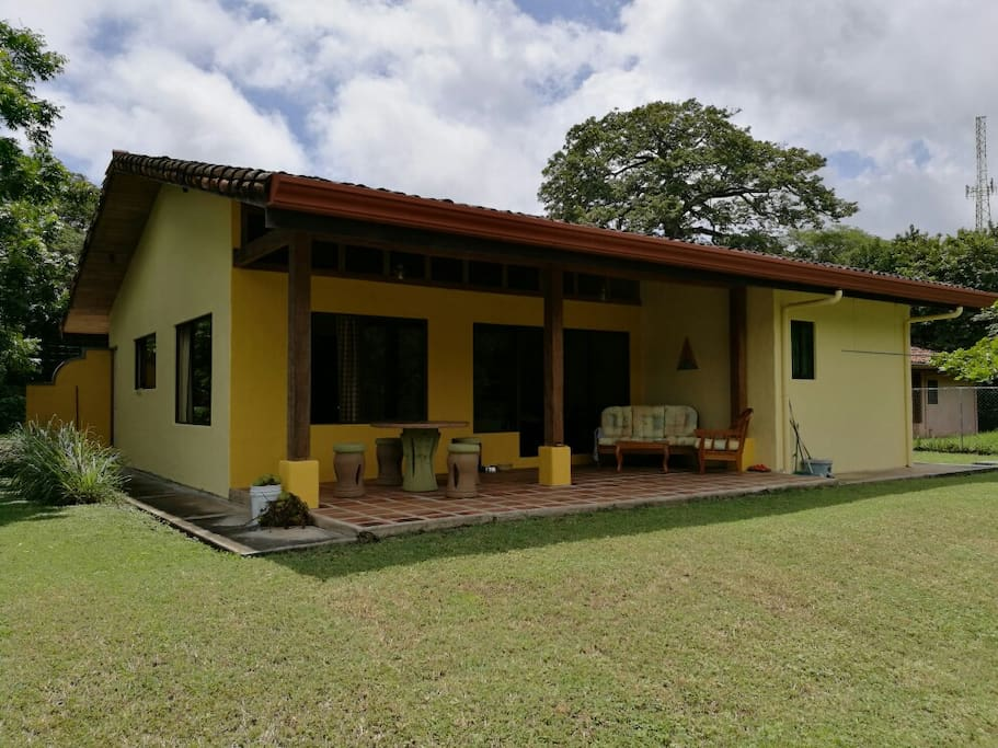 Family friendly home near tamarindo houses for rent in for Costa rica rental houses