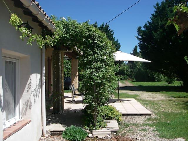 Villa de Campagne - Le Thor - Huis