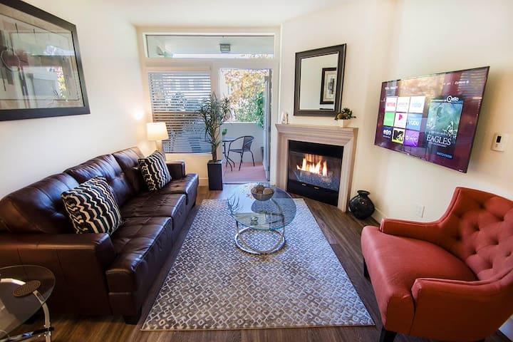 Beautiful Two Bed Two Bath Apartment (G30)