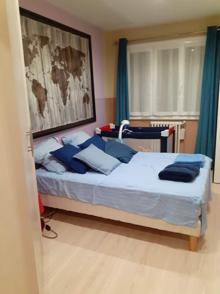 CHAMBRE COSI dans appartement