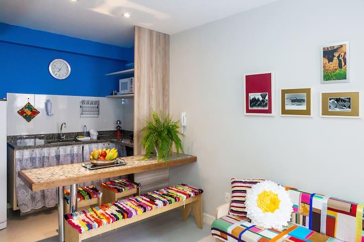 Conforto e localização (apto. 103) - Salvador - Appartement