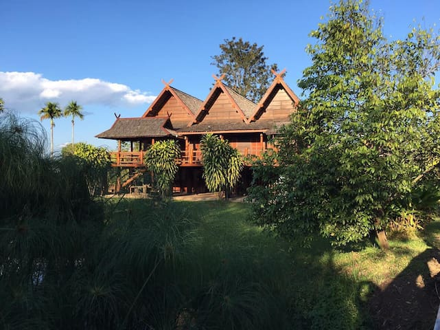 Beautiful Wooden Thai Style House in Chiangrai