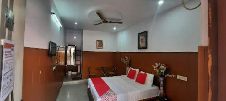 Hotel paradise contact 89303510two two