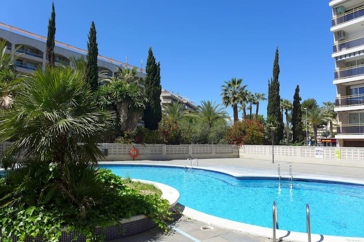 Apartment for two to four people in the heart of the centre of Salou
