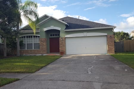UCF-Waterford Area House - Orlando, Florida, US - Casa