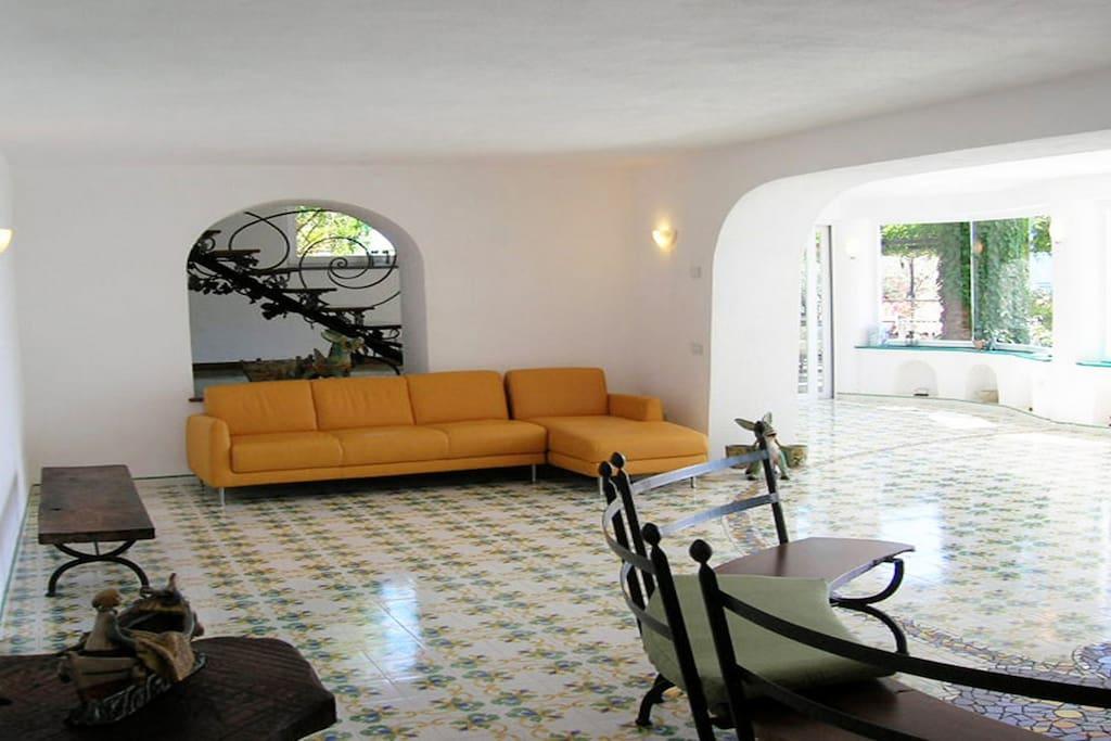 Large living area at villa carlotta close to sorrento and amalfi coast holiday rentals booking