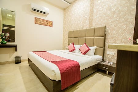 AH1 RESORTS SUPER DELUXE ROOMS - Amritsar - Wohnung