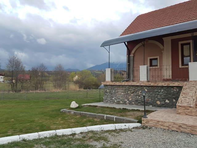 Bran Studio in a private villa
