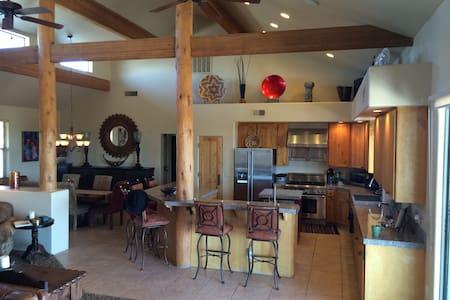 The Last Resort - Scottsdale - Hus