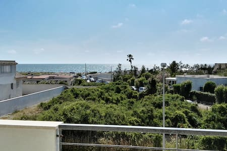 "Big apartment ""Le Terrazze"" near beach and airport - Focene"