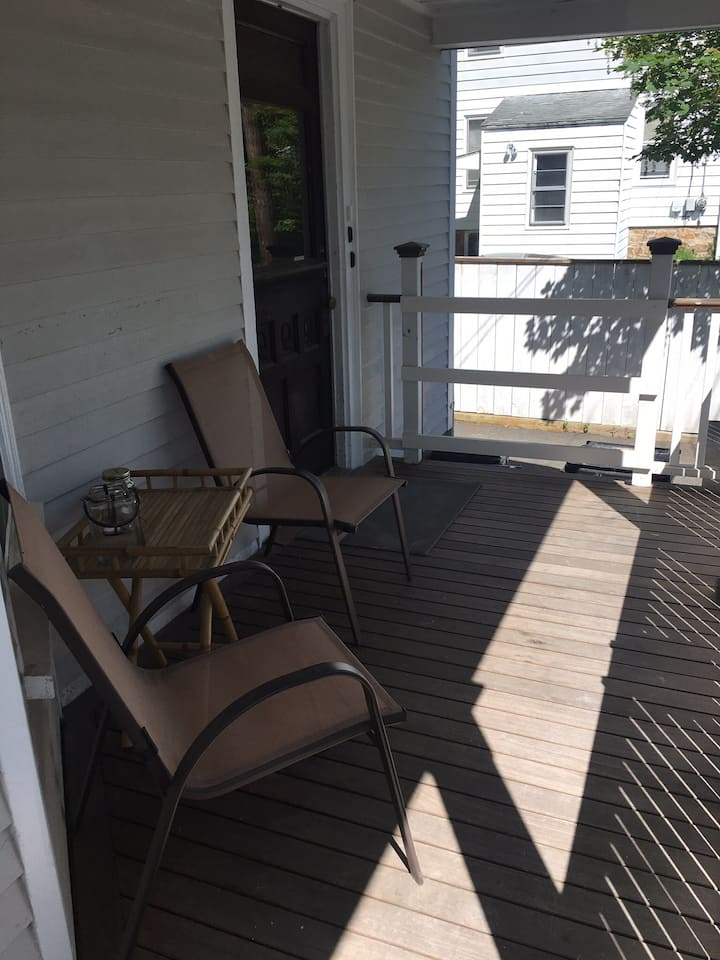 Big & updated Broadway 1BR apartment with driveway