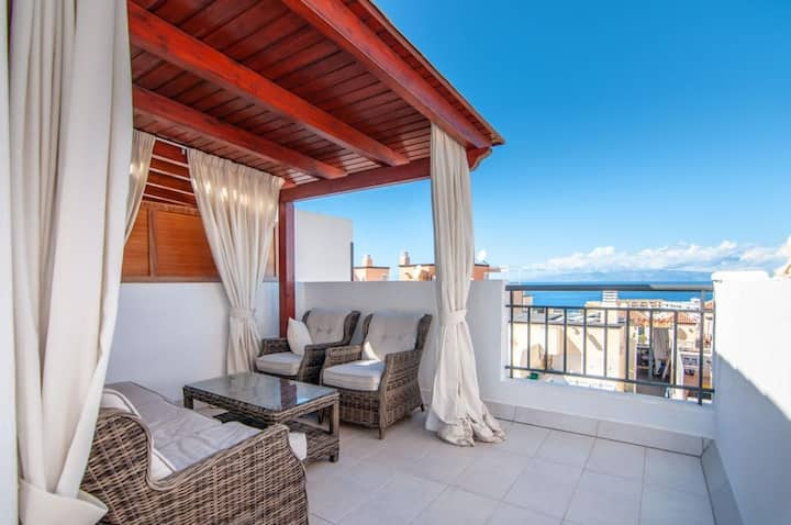 Two bedrooms duplex with spectacular roof terrace