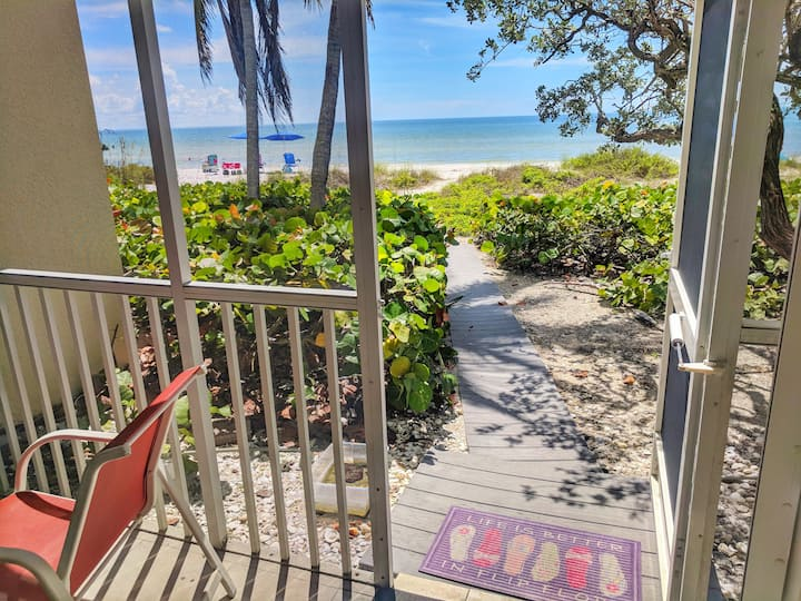 Premier Beachfront Residence at Villa Sanibel