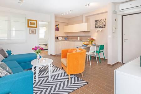 RozART apartment  2+2 & free garage parking