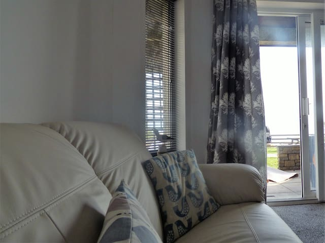 Treloen Holiday Apartments - Apartment 7