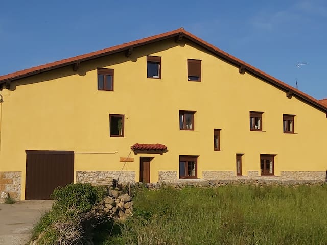 "Casa Rural ""Valle de Altamira"""