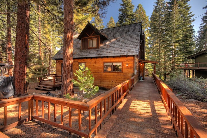 North Tahoe Vacation Cottage - Close to Lake