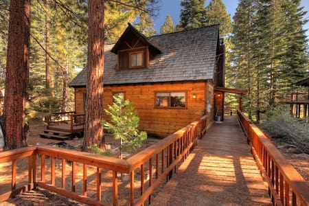 North Tahoe Vacation Rental Cottage - Carnelian Bay