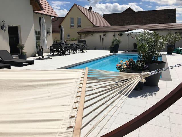 Villa martini  2 chambres piscine - Meistratzheim - 別荘