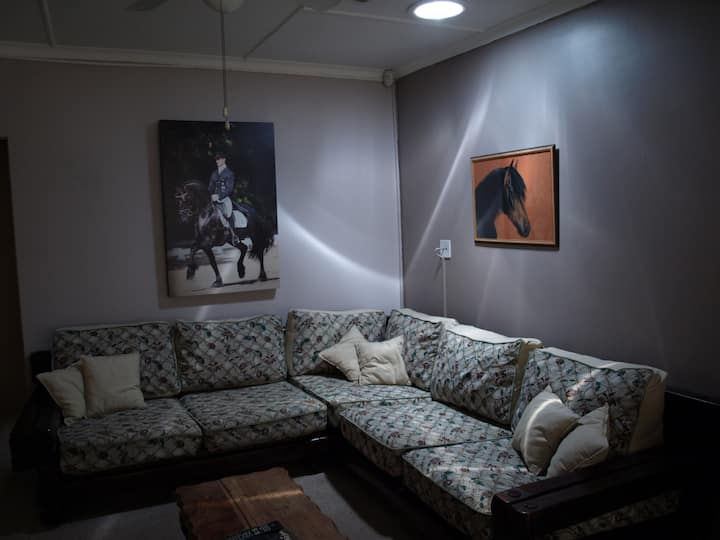 Tierra Pequena B&B - The Horseman Cottage