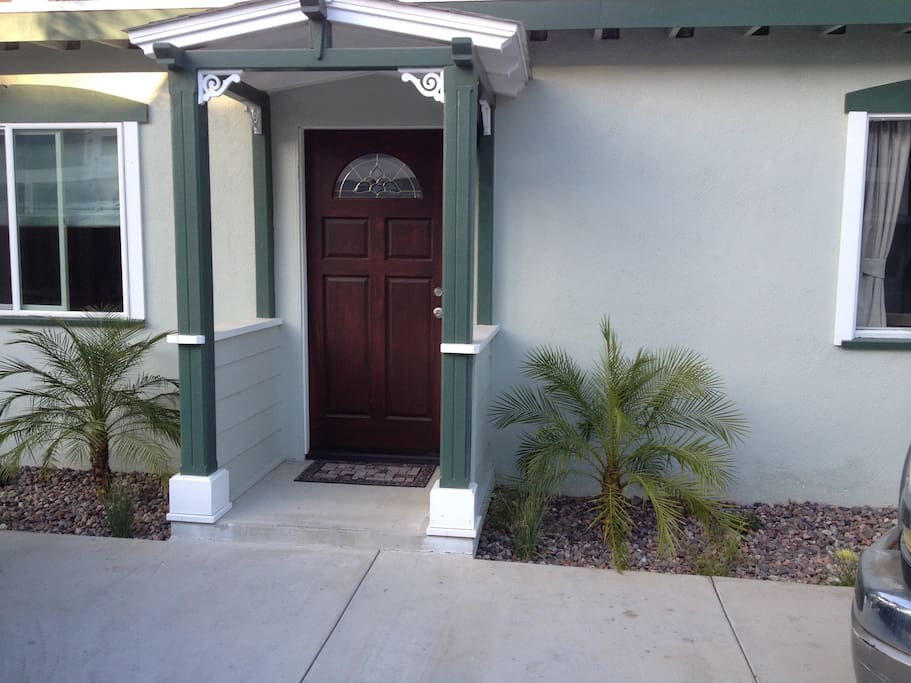 Pacific Palms Place Houses For Rent In Costa Mesa California United States