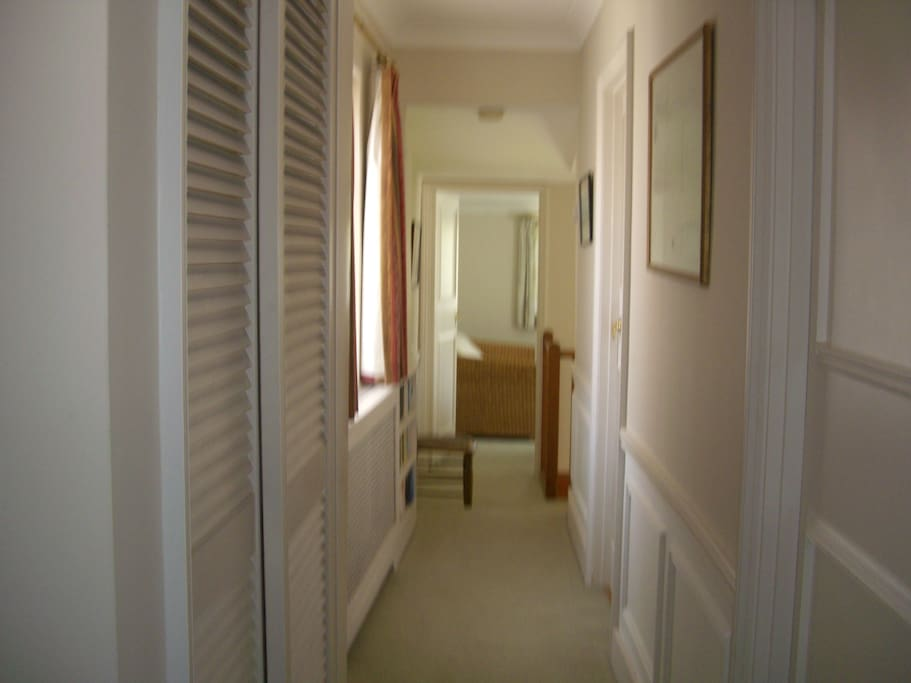 Upstairs landing with wardrobe space.  Has wi-fi booster giving excellent signal