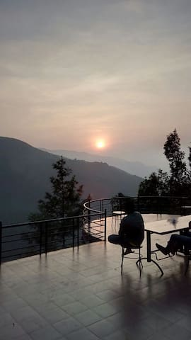 SKY VIEW MOUNTAIN HOMESTAY