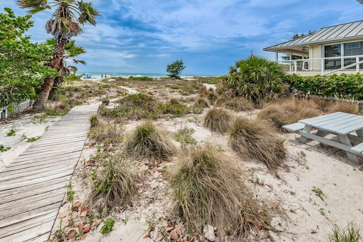 Gulf Shores House - Beachfront Home