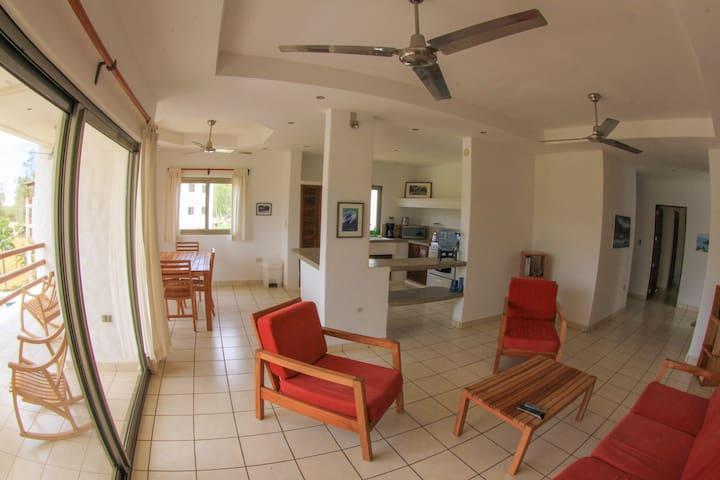 2 BR/2 BA Playa Colorado condo - Tola - Apartmen