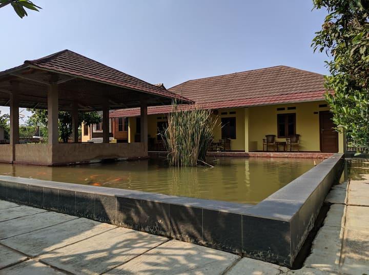 Villa Saung Naufal [3 Kamar]