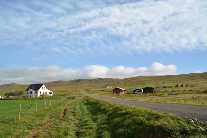 Lýtingsstaðir Farm Cottage- peaceful countryside!