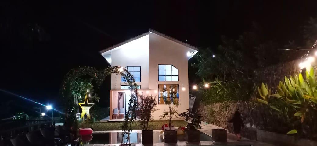 Villa Kiky - Curug Cilember