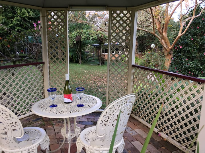 Garden getaway close to Lismore and Bangalow.