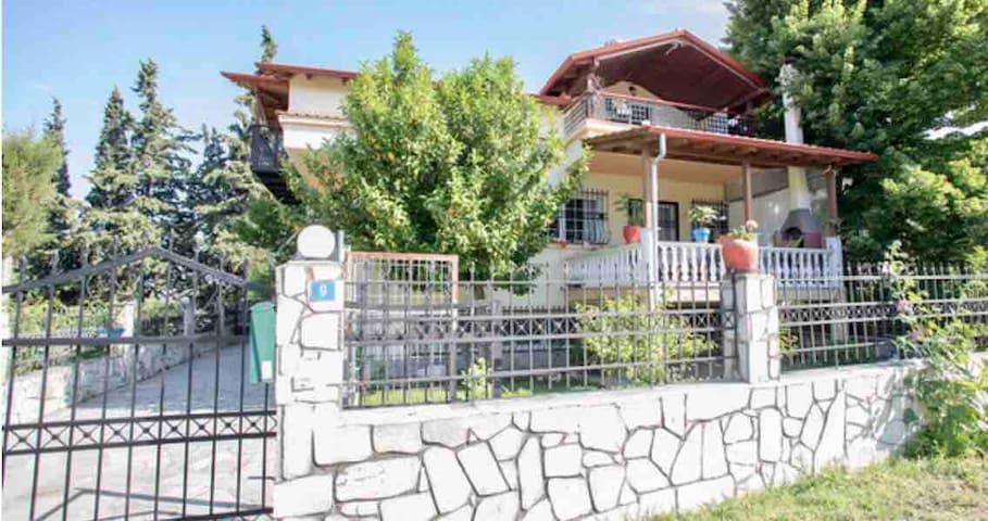 Greek Villa on Olympus@ Thessaloniki, Asvestochori