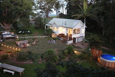 The Patch Cottage – a Byron Bay Hinterland Escape