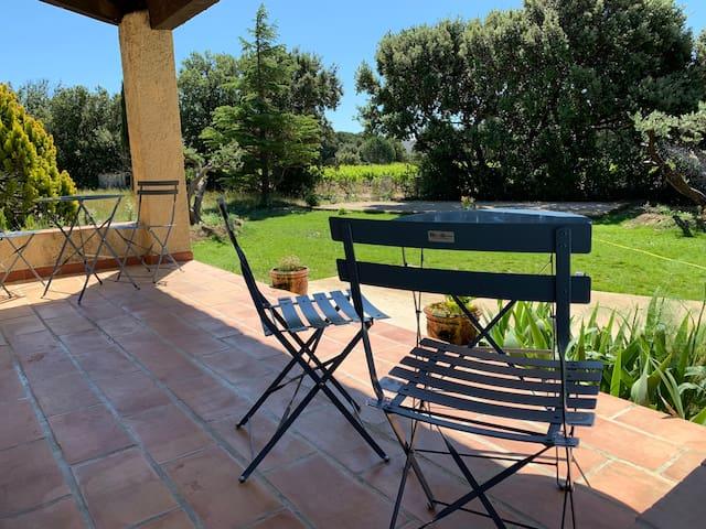 Calme avec piscine Nimes Avignon Uzés Pont-du-Gard