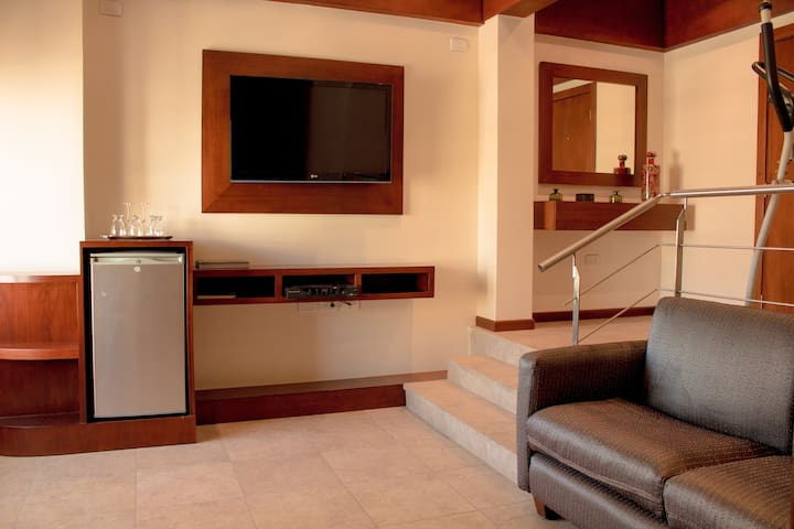 Centro Guayaquil Moderna Suite Ejecutiva - Guayaquil - Bed & Breakfast