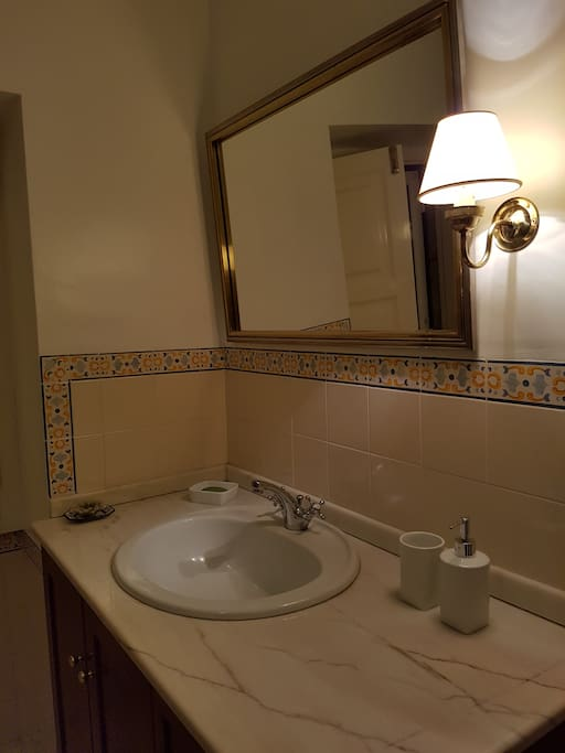 Wc comum com banheira