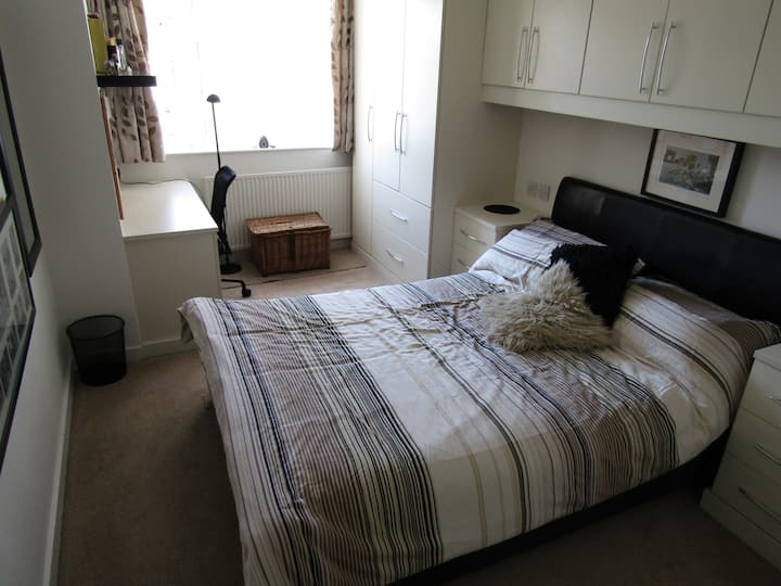 Large and Comfortable Well Equipped Double Room.