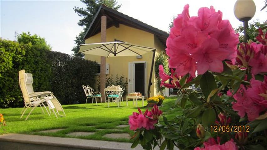 Casetta delle Rose: care, relaxation and parking