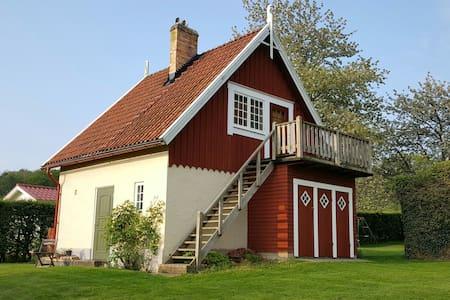 Charming cottage in Arild - 26373 Arild - Rumah